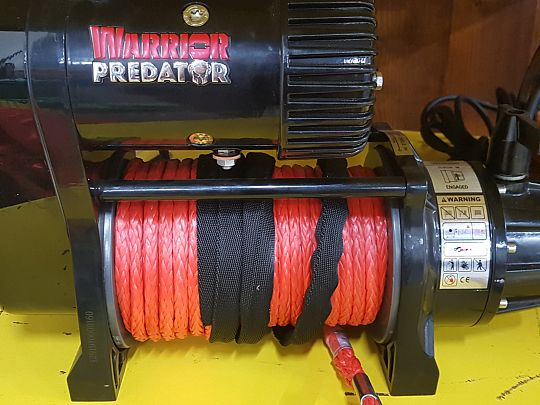 Industrial winches 02.jpg